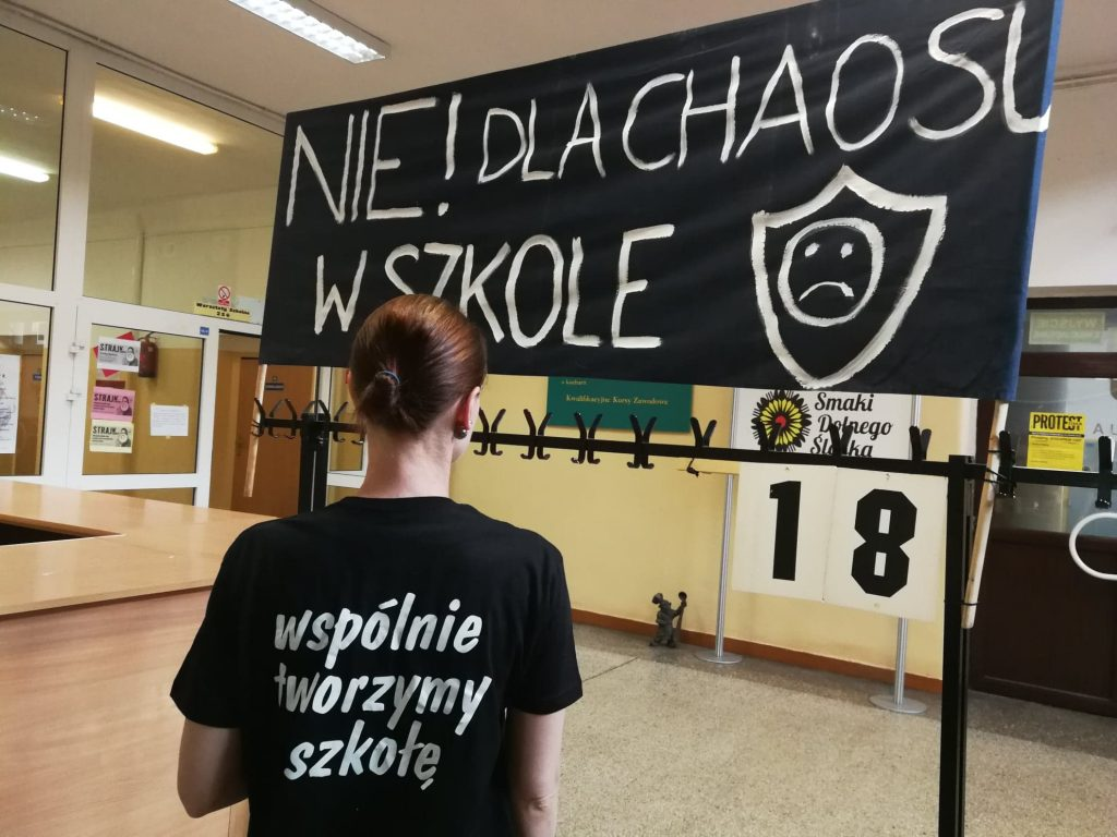 """Transparent """"Nie dla chaosu w szkole"""""""